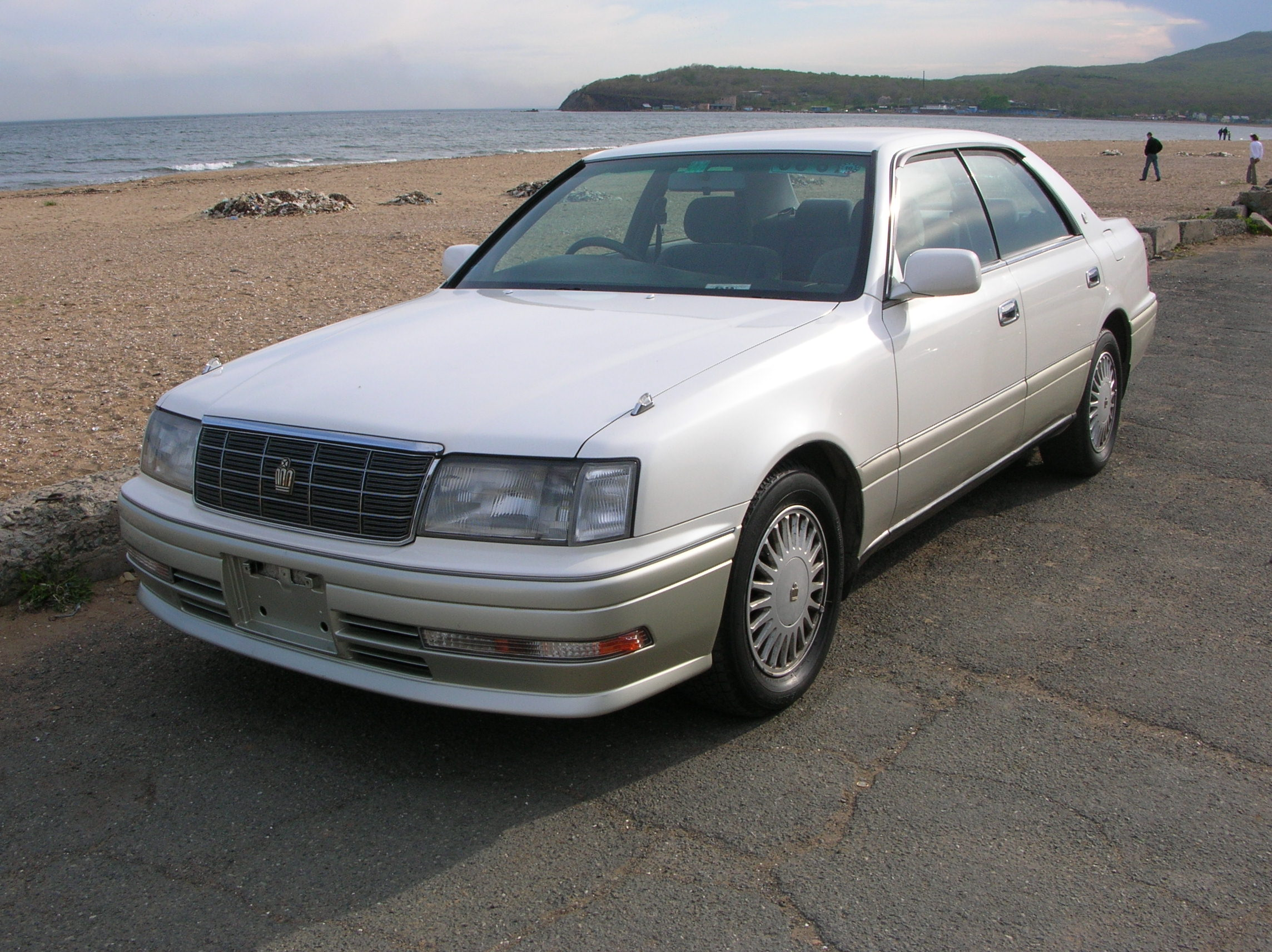 1996 Toyota Crown #2