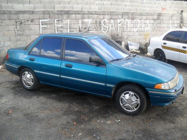 1998 Ford Tracer #7