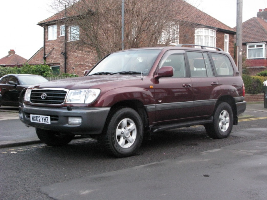 2002 Toyota Land Cruiser #6