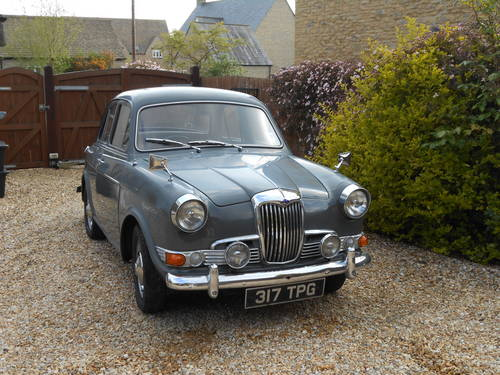 1961 Riley One-Point-Five #4