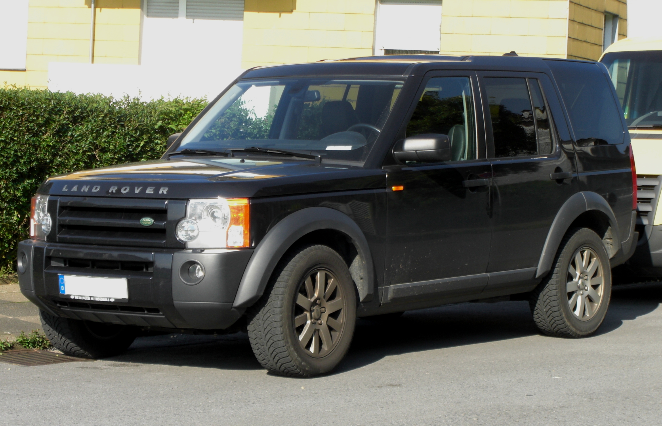 land rover discovery 3 photos informations articles. Black Bedroom Furniture Sets. Home Design Ideas