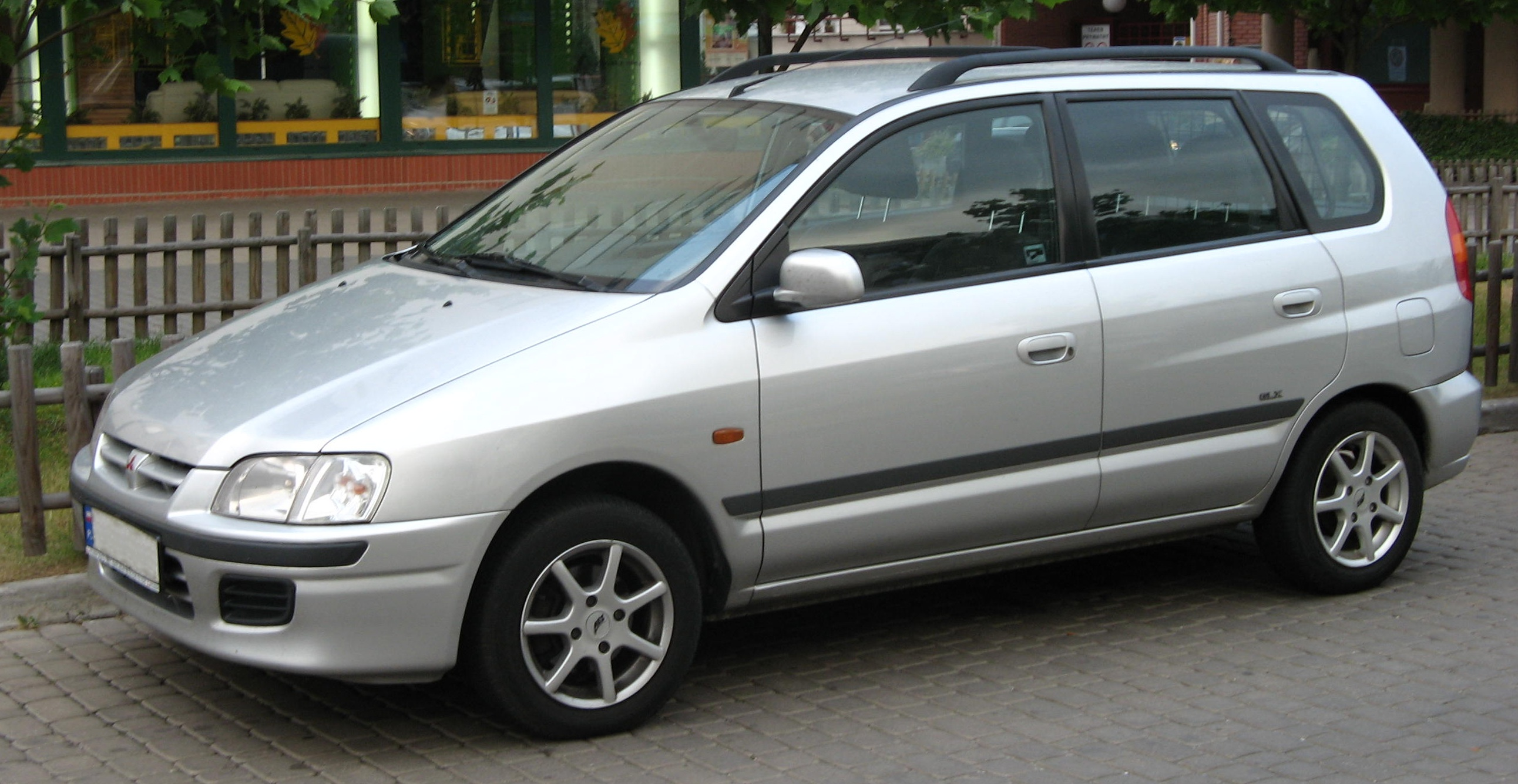 2005 Mitsubishi Space Star Photos Informations Articles