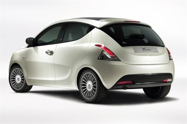 Chrysler Ypsilon #13