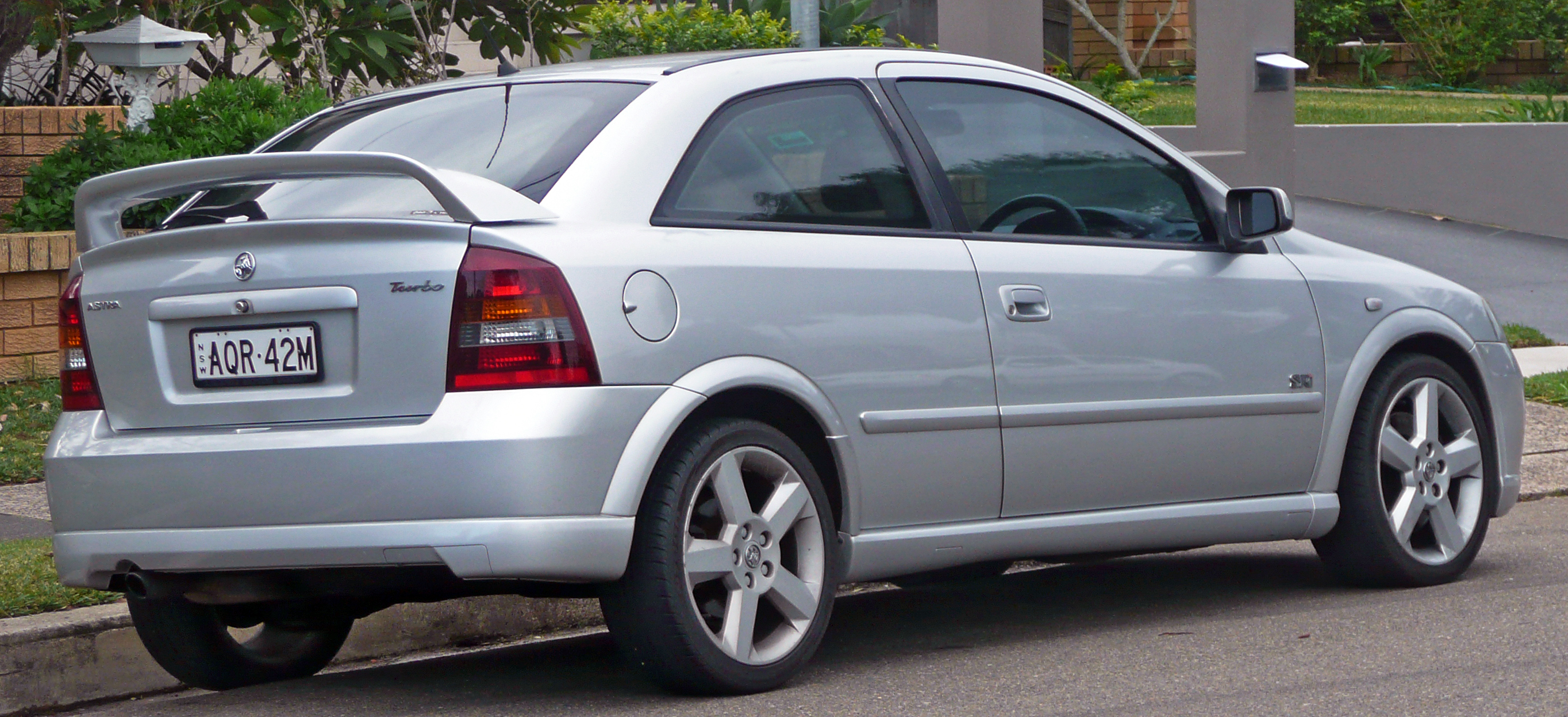2003 Holden Astra Photos Informations Articles