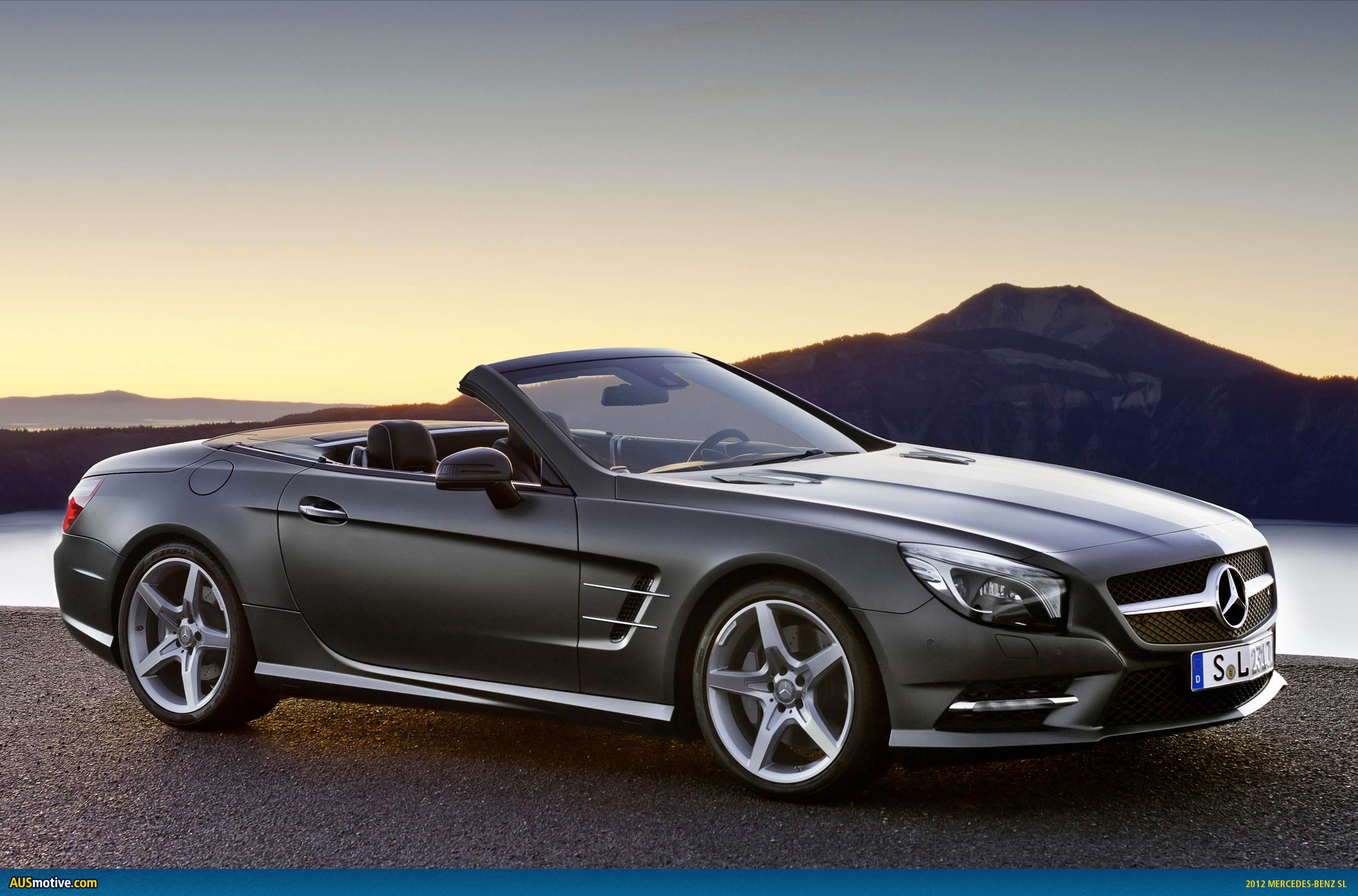 2012 Mercedes-Benz SL #2
