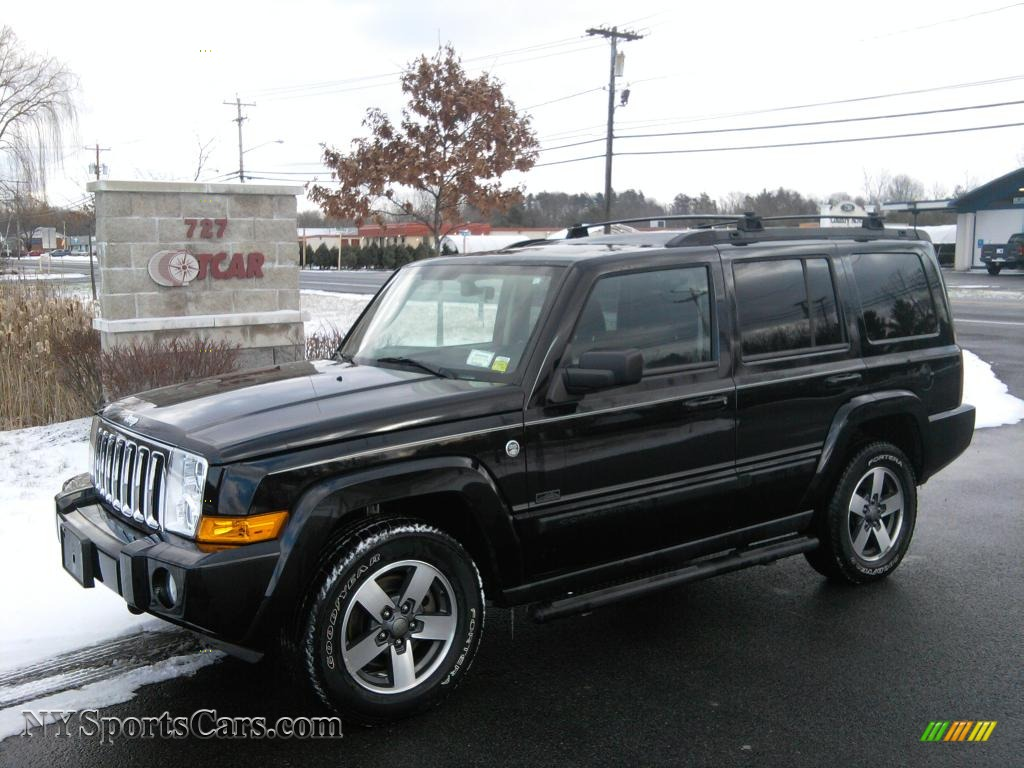 2008 Jeep Commander #13