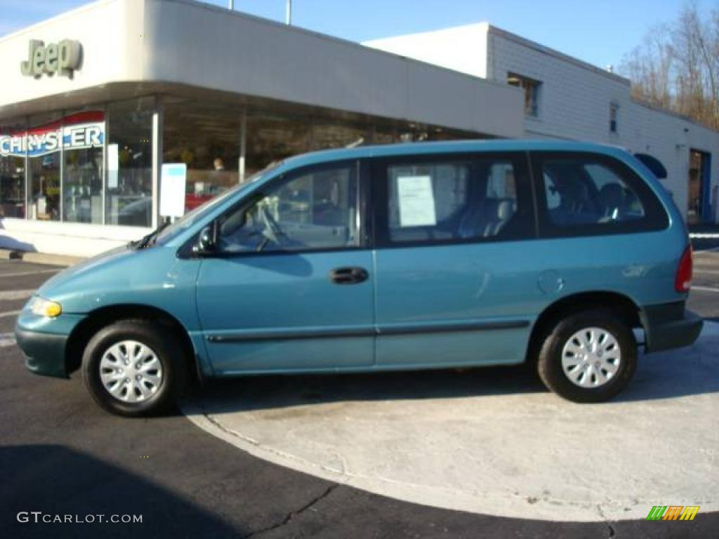 1999 Plymouth Voyager #5