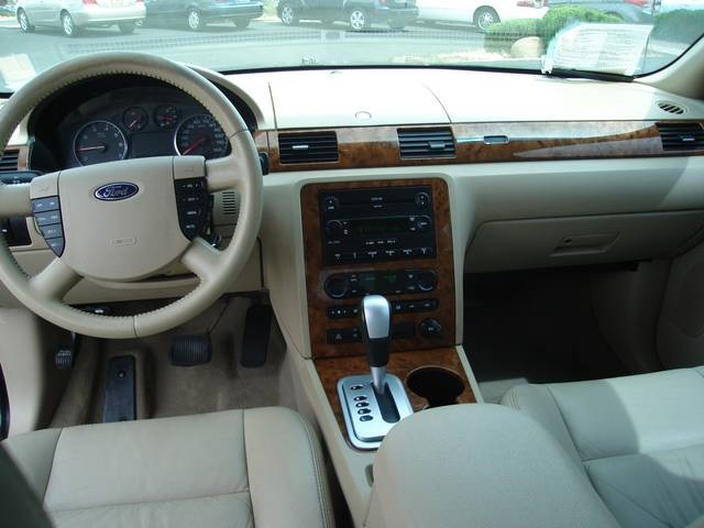 2005 Ford Five Hundred #13