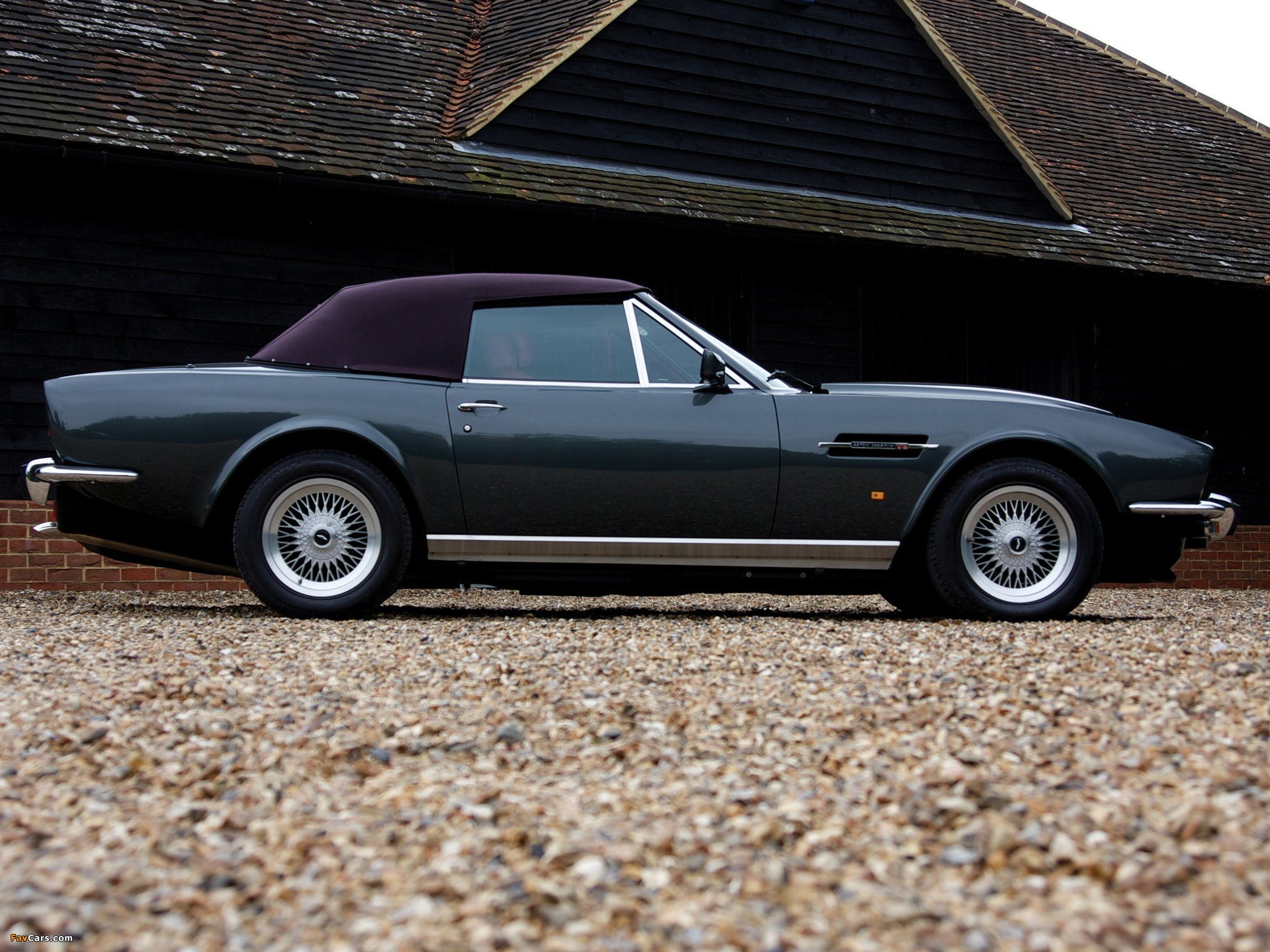 1986 aston martin v8 volante photos informations articles. Black Bedroom Furniture Sets. Home Design Ideas
