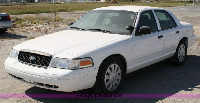 2006 Ford Crown Victoria #16
