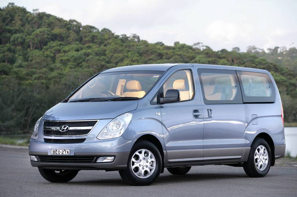 2010 Hyundai H1 Photos Informations Articles