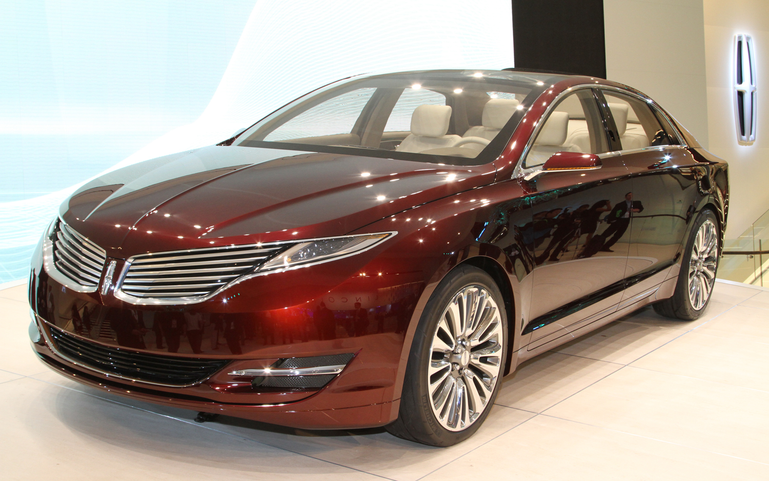 momentcar mks mkz and photos information lincoln