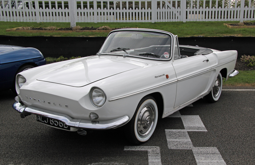 Renault Caravelle #13