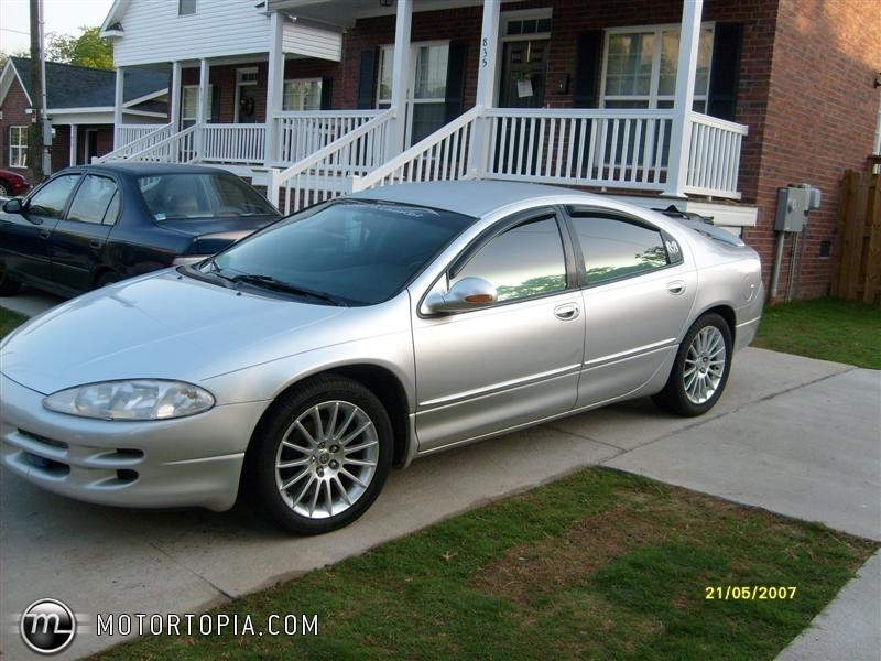 2002 Dodge Intrepid #2
