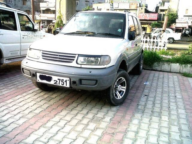 2002 Tata Safari #9