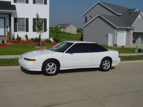1997 Oldsmobile Cutlass Supreme #11