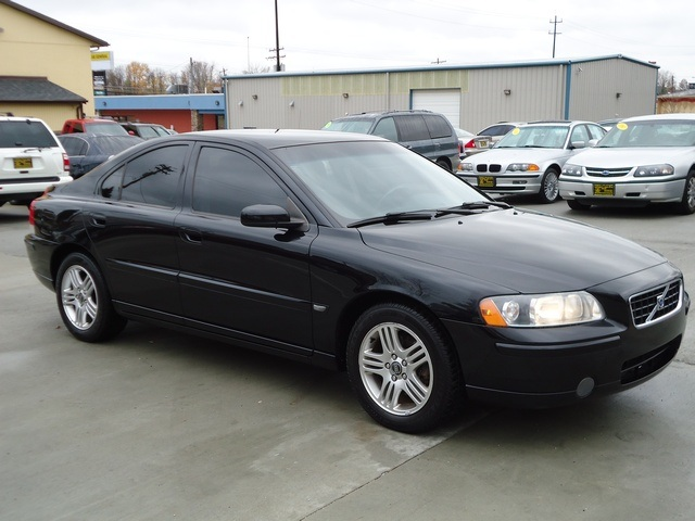2006 Volvo S60 Photos, Informations, Articles - BestCarMag.com