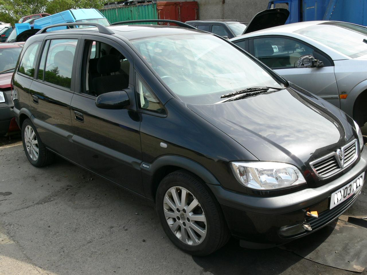 2003 vauxhall zafira photos informations articles. Black Bedroom Furniture Sets. Home Design Ideas