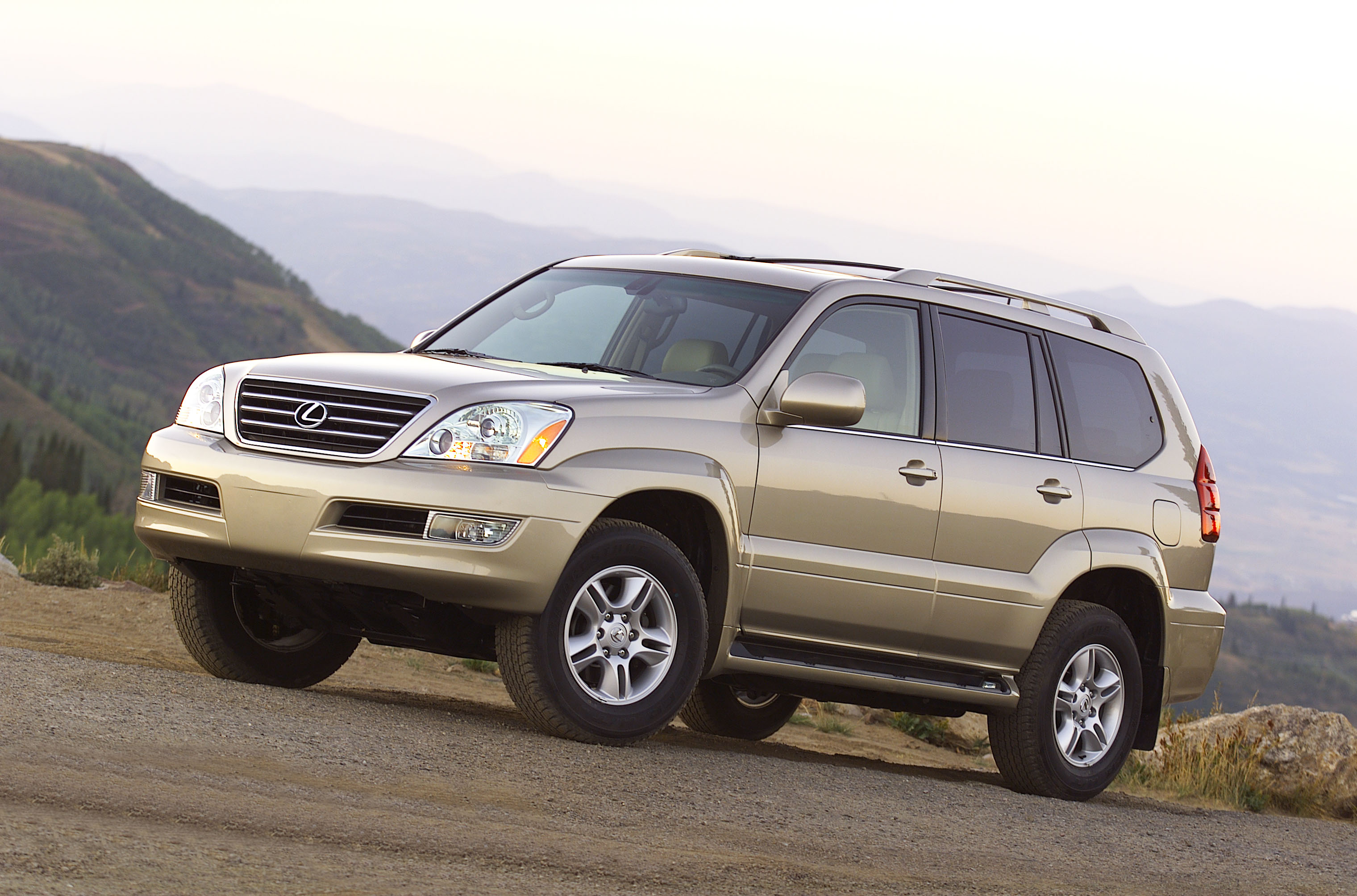 2003 lexus gx 470 photos informations articles. Black Bedroom Furniture Sets. Home Design Ideas
