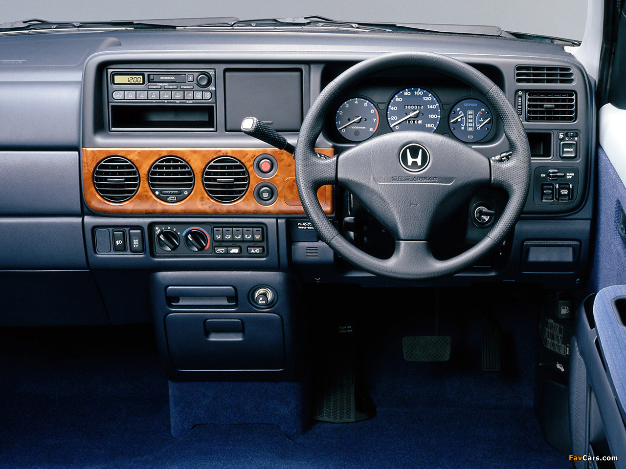 1999 Honda Step Wagon #5