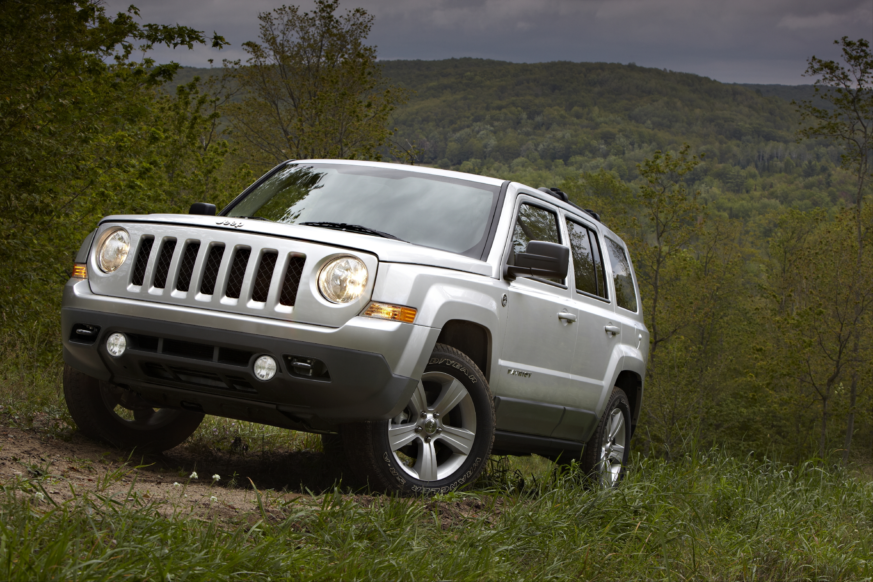 2011 Jeep Patriot #2