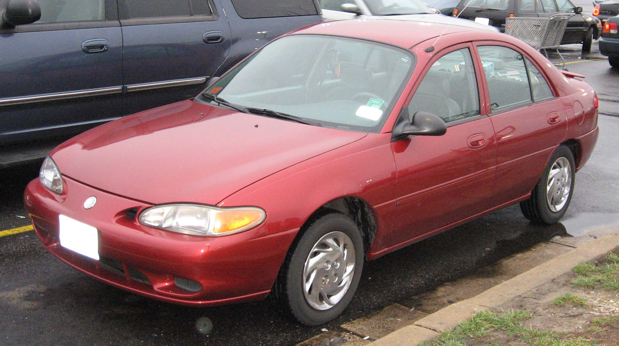 1999 Ford Tracer #5
