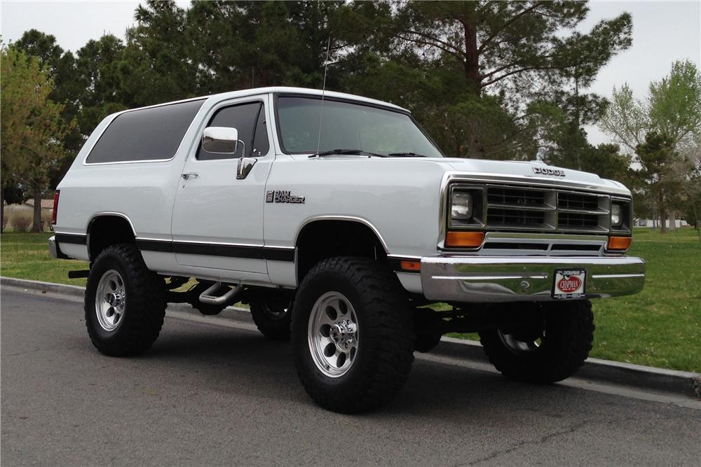 Dodge Ramcharger #15