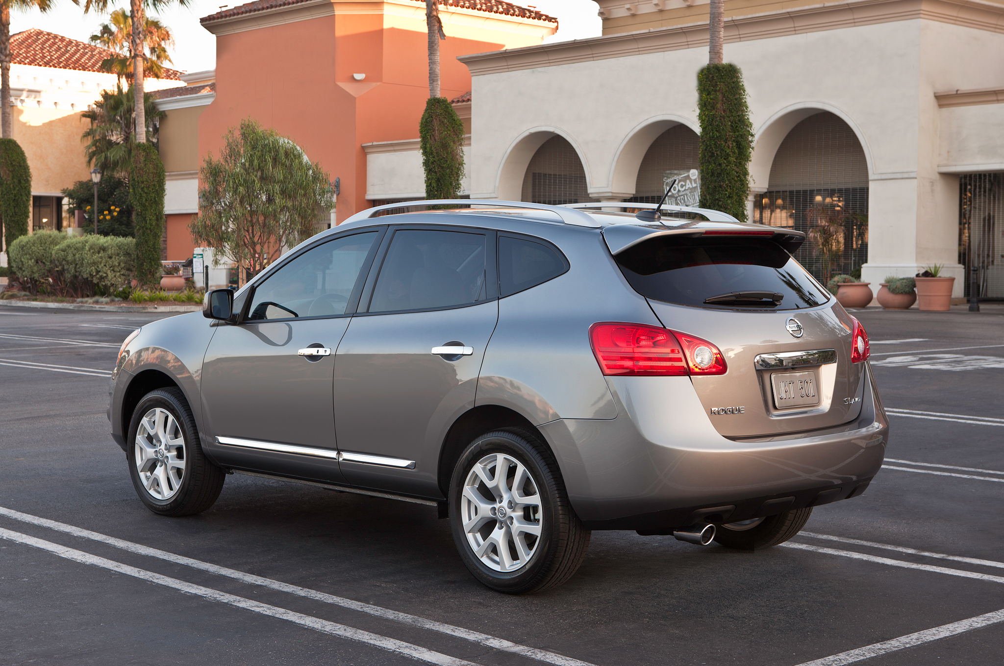 top cars speed review nissan rogue
