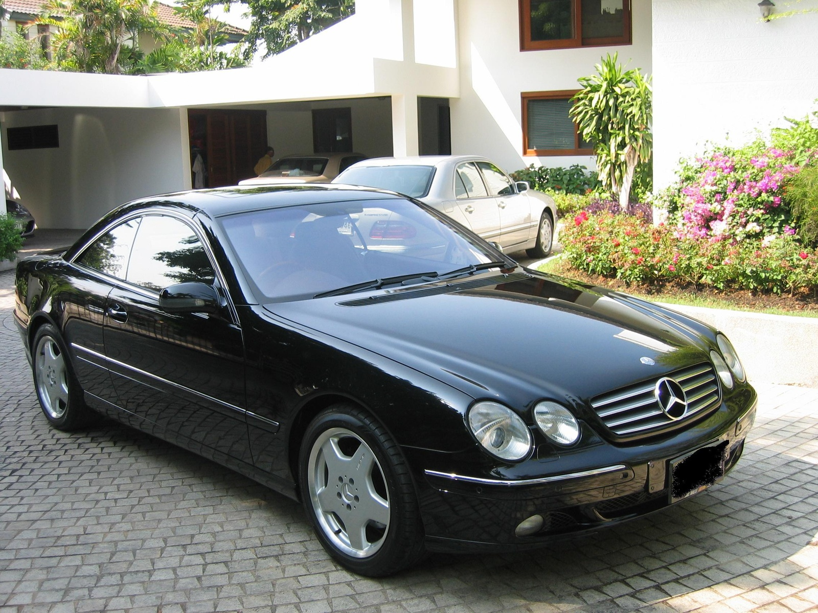 2001 mercedes benz cl class photos informations articles for Mercedes benz cl600 for sale