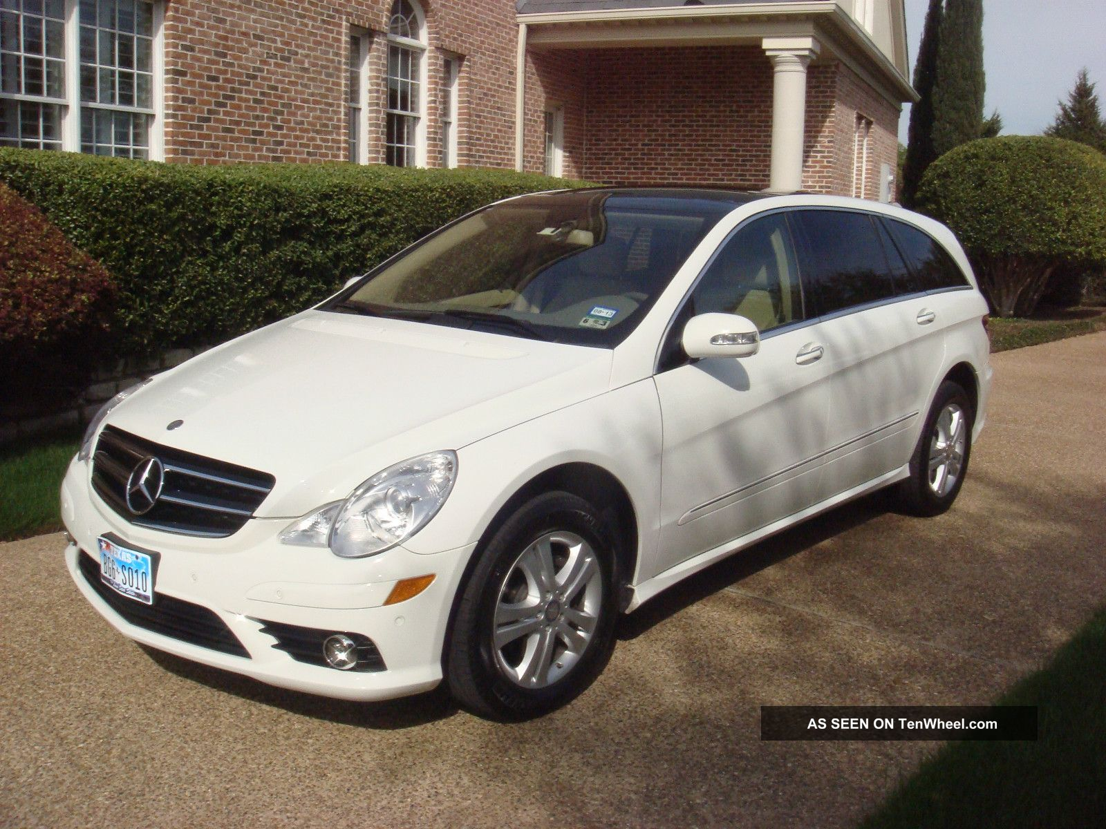 2009 mercedes benz r class photos informations articles for 2009 mercedes benz r350 4matic