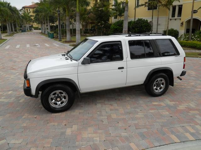1995 nissan pathfinder photos informations articles bestcarmag com 1995 nissan pathfinder photos