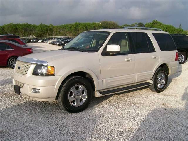 2006 Ford Expedition #13