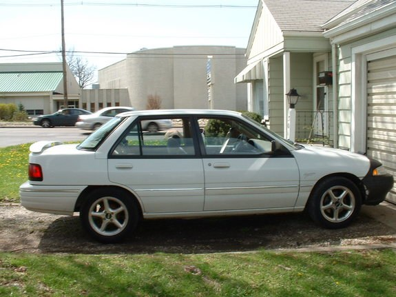 1994 Ford Tracer #11