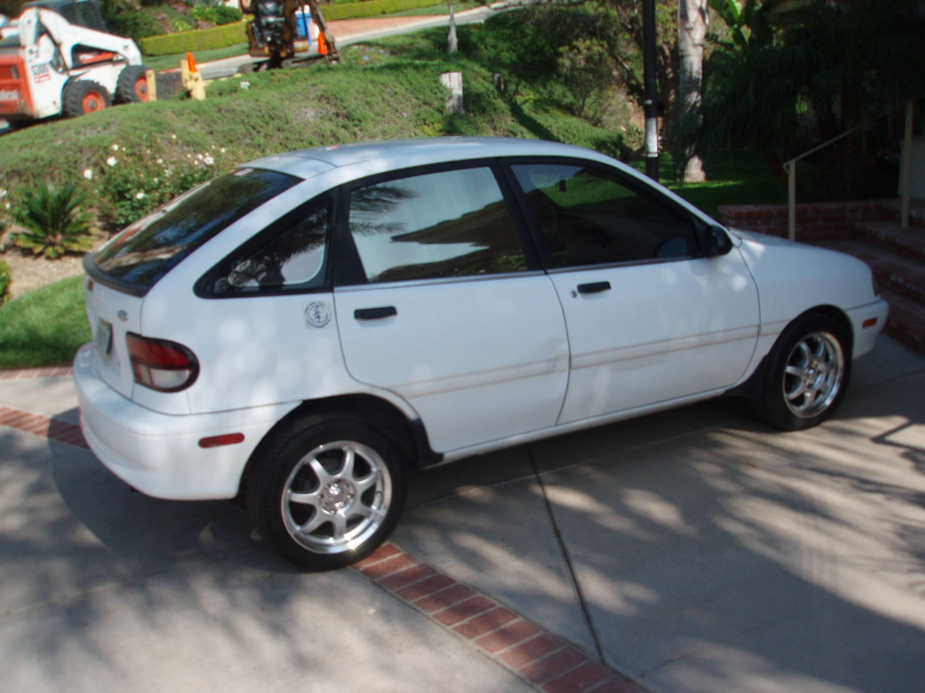 1995 Ford Aspire #13
