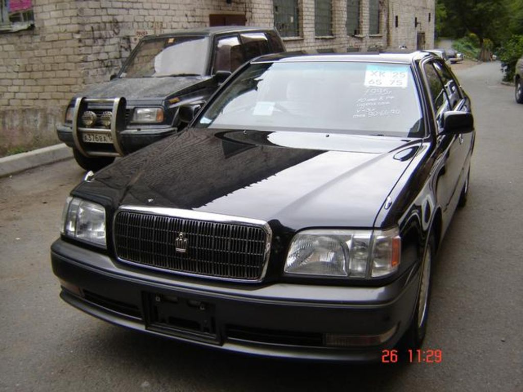 1995 Toyota Crown #5