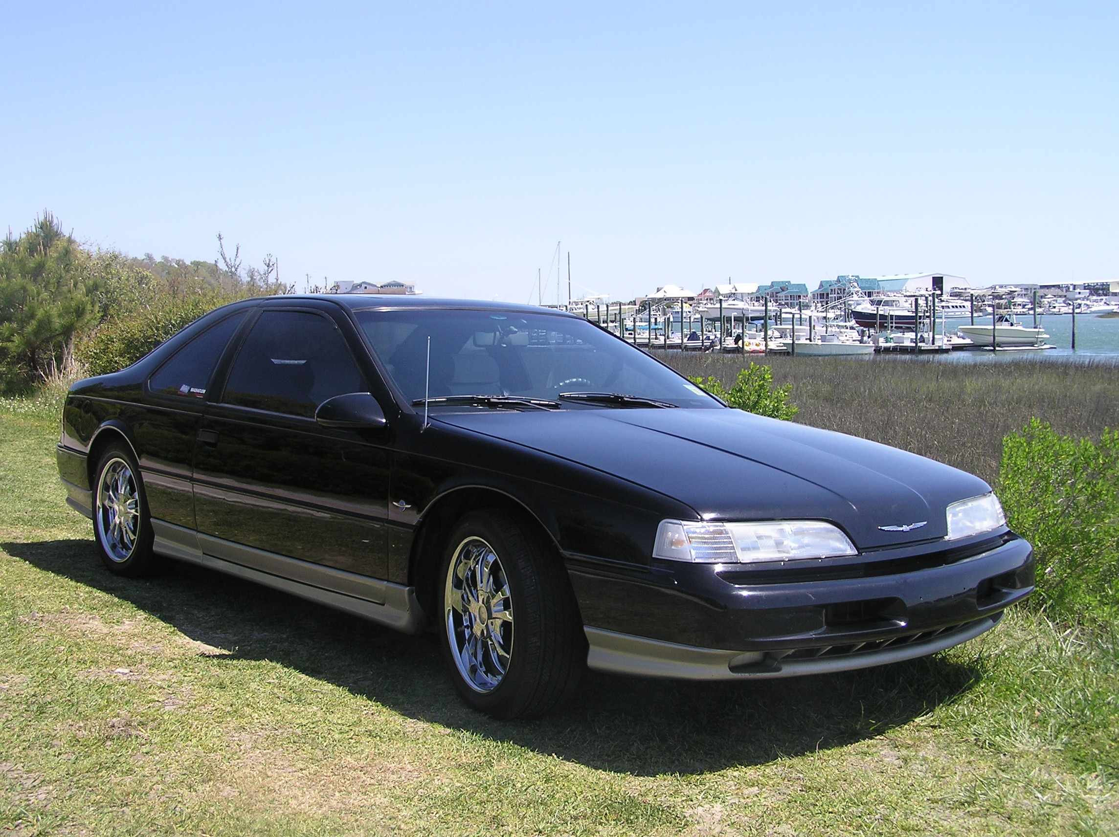 1990 Ford Thunderbird #4