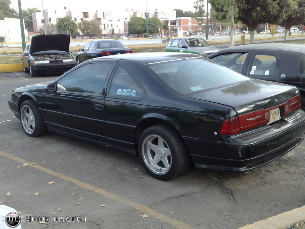 1990 Ford Thunderbird #2