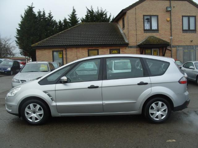2006 Ford S-Max #2