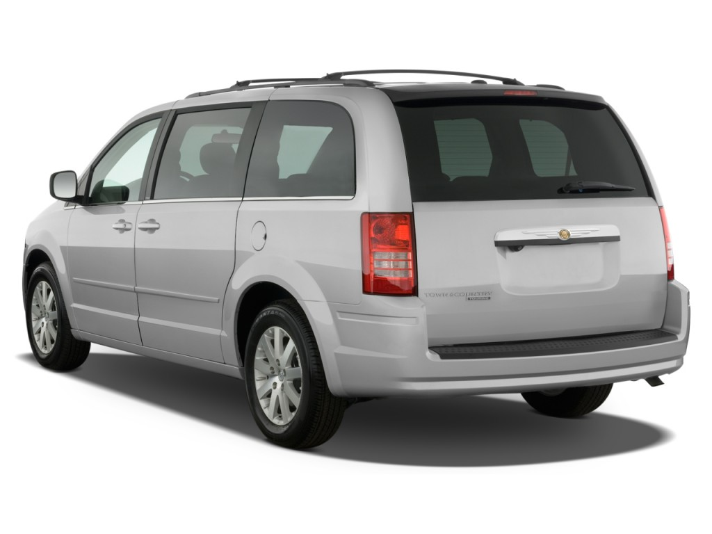 2009 Chrysler Town And Country #3
