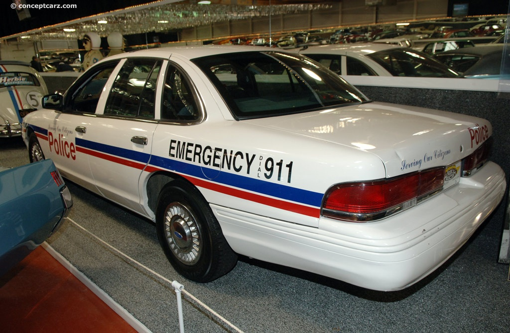 1996 Ford Crown Victoria #16