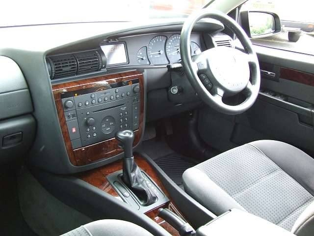 2002 vauxhall omega photos informations articles. Black Bedroom Furniture Sets. Home Design Ideas