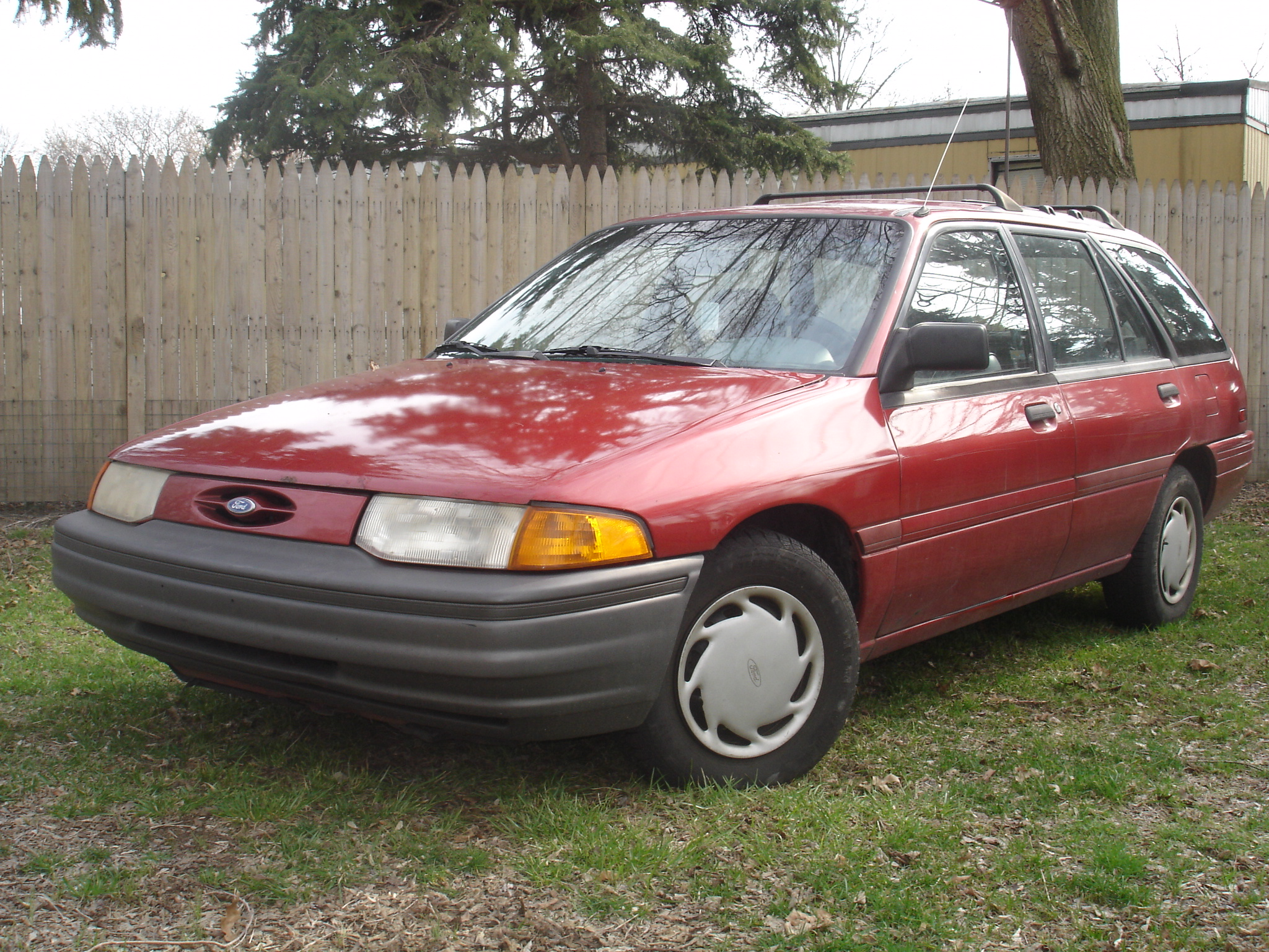 1993 Ford Orion #4