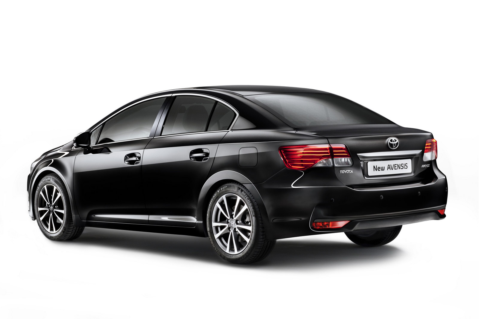 2012 toyota avensis photos informations articles