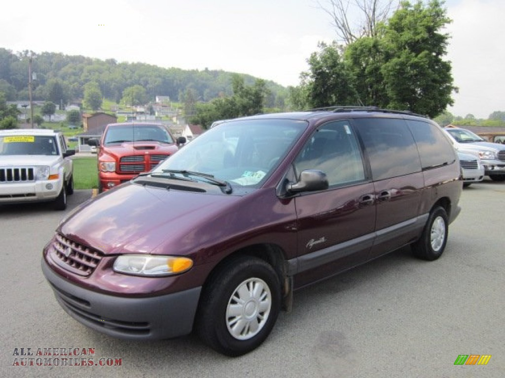 1997 Plymouth Grand Voyager Photos  Informations  Articles