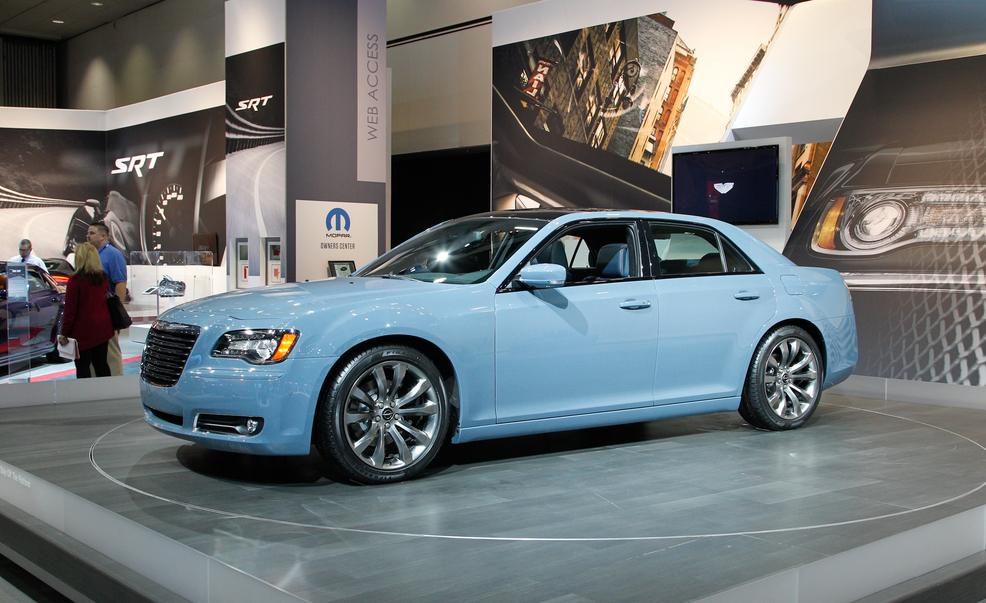 2014 Chrysler 300 #11