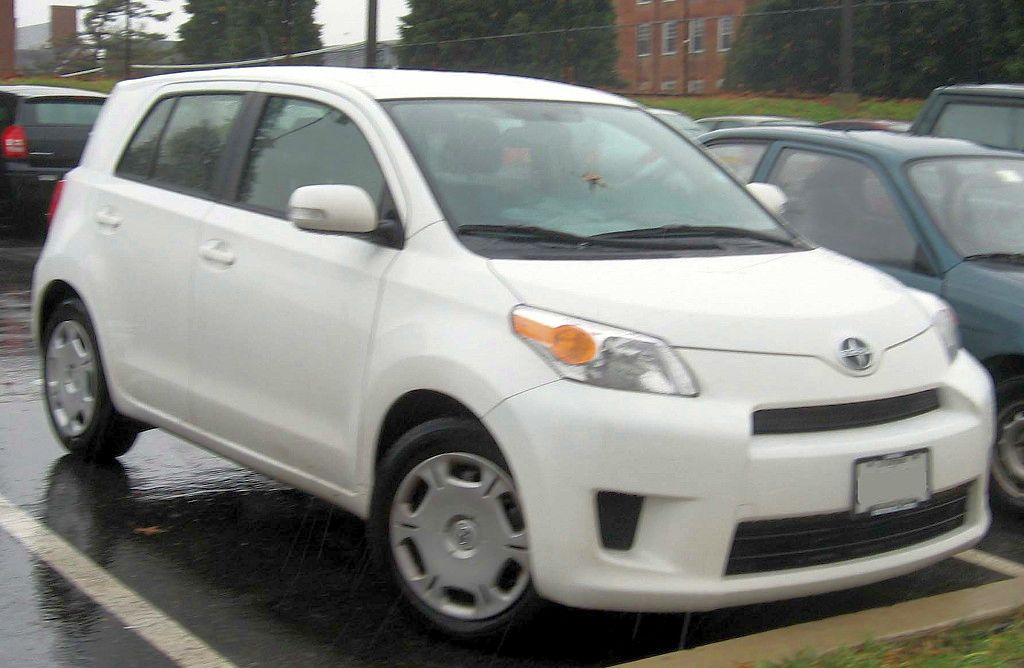 2008 Scion Xd #9