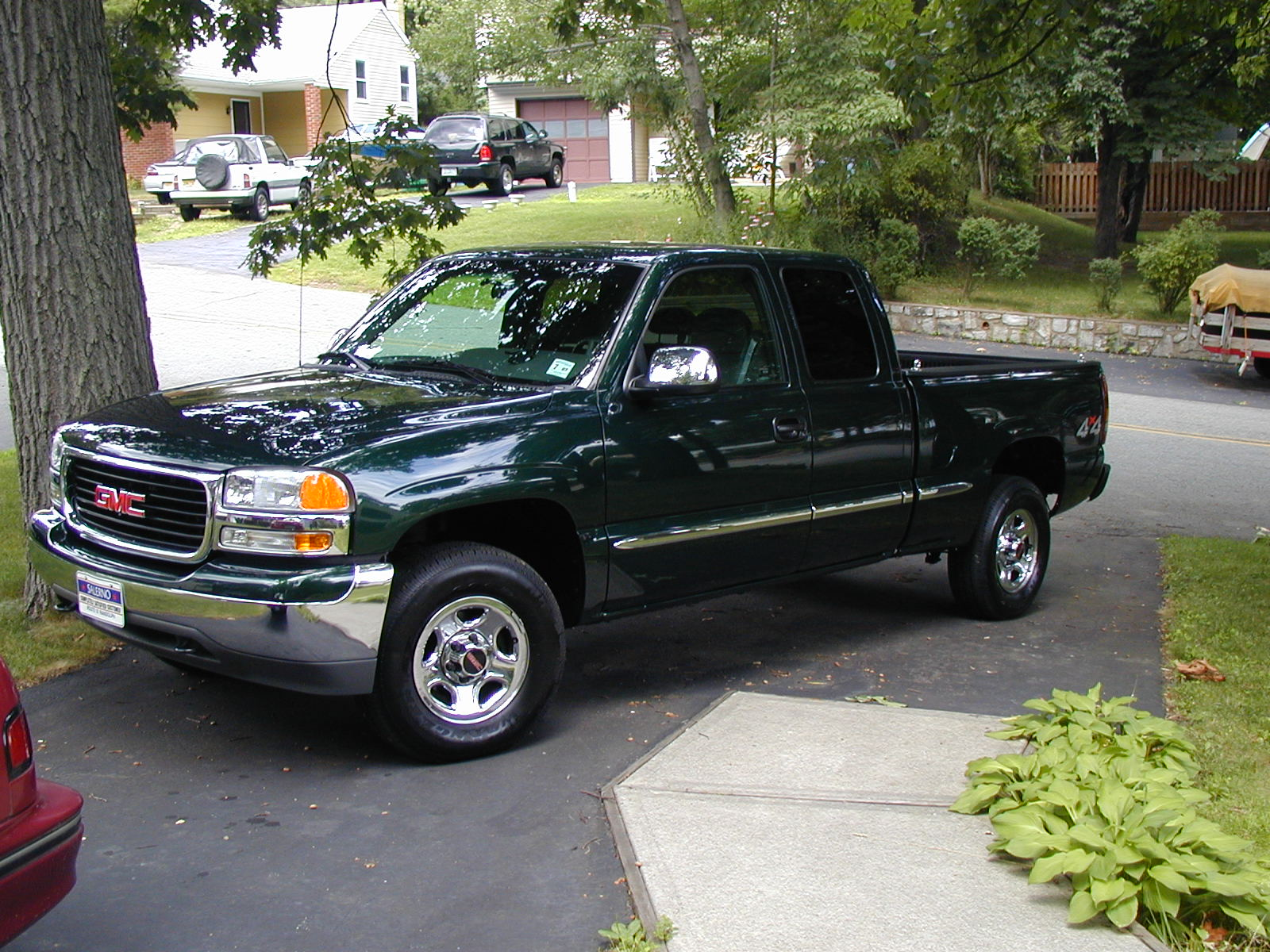 2001 gmc sierra 1500 photos informations articles. Black Bedroom Furniture Sets. Home Design Ideas