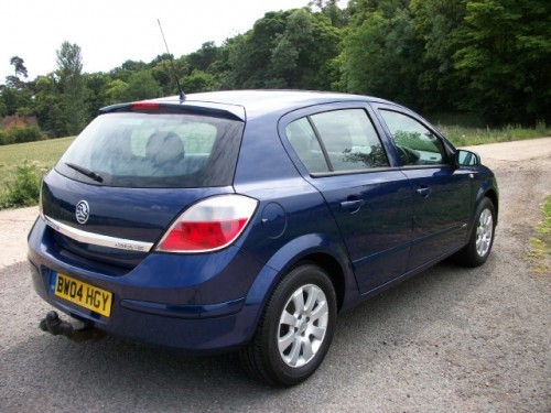 2004 vauxhall astra photos informations articles bestcarmag com rh bestcarmag com Old Vauxhall Astra Vauxhall Astra Estate