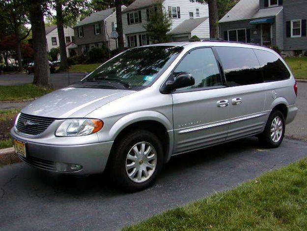 2001 Chrysler Town And Country #6