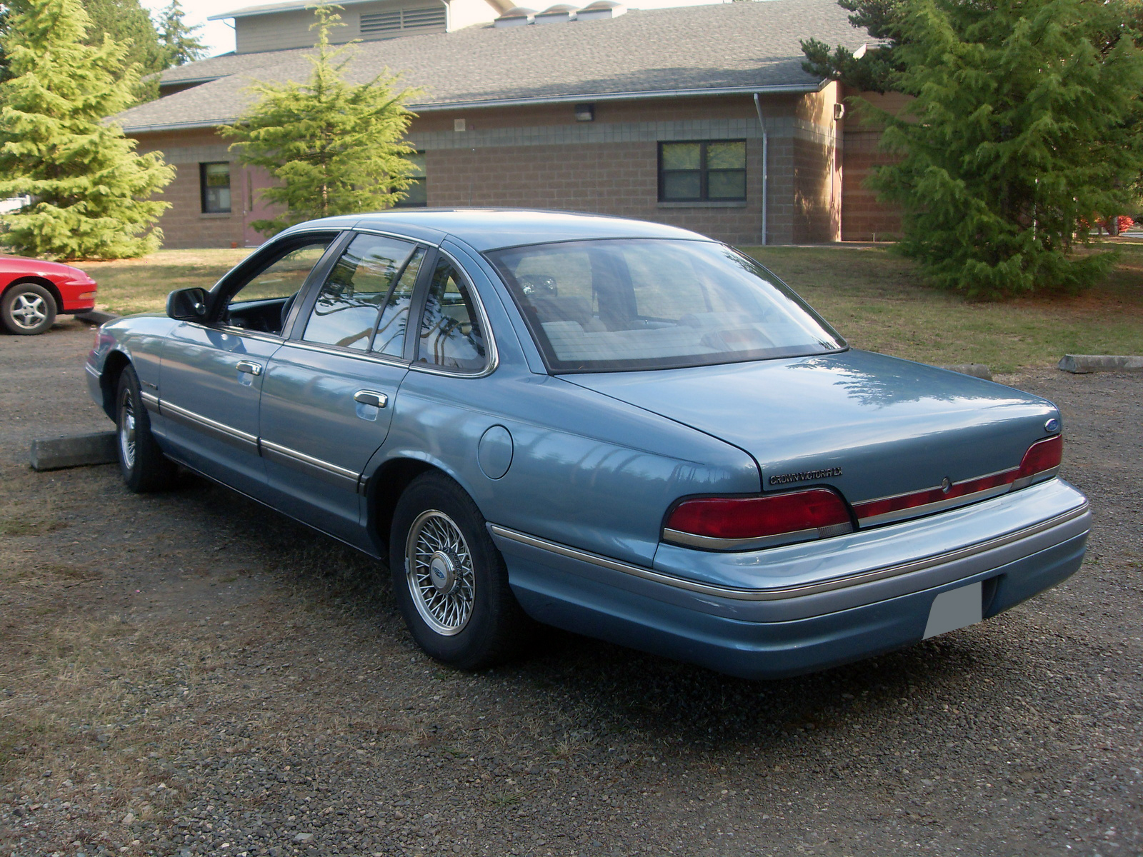 1995 Ford Crown Victoria #9